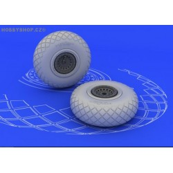 B-17 wheels - 1/48 update set