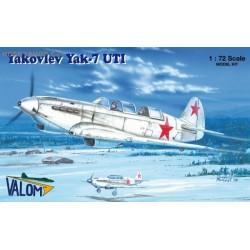 Yakovlev Yak-7UTI - 1/72 kit