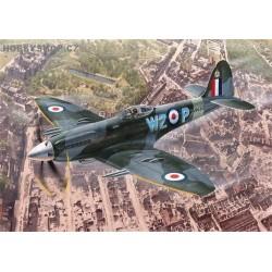 Supermarine Spitfire Mk.24 The last of the best - 1/72 kit