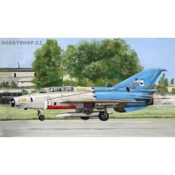 MiG-21UM Mongol B Czech Stress Team 3756 - 1/72 kit
