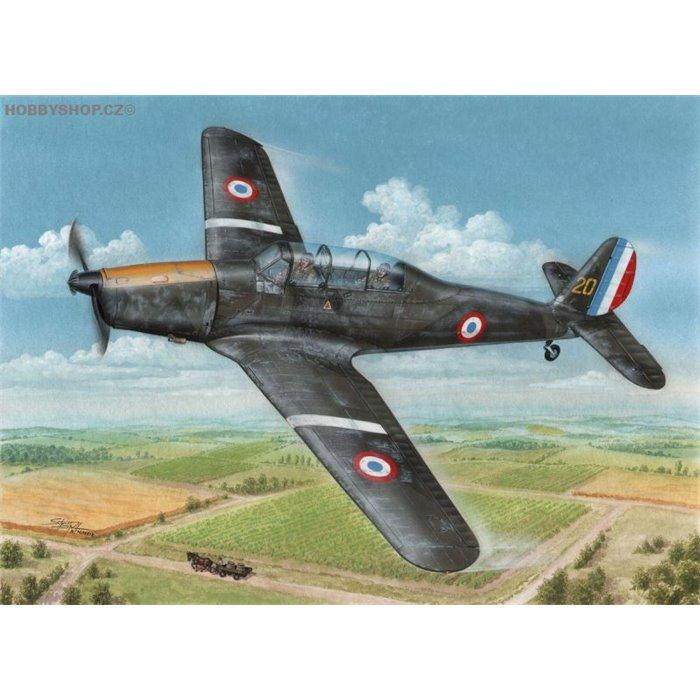 Arado Ar 96B Captured & Postwar - 1/72 kit
