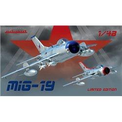 MiG-19 Limited - 1/48 kit