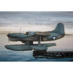 Curtiss SO3C Seamew floats - 1/72 kit